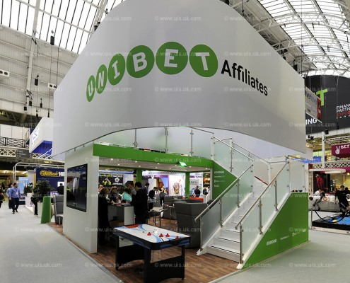 Suspended Fabric Graphics with Tension Fabric Frame Exhibition Stand